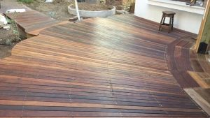 flower shaped wooden deck